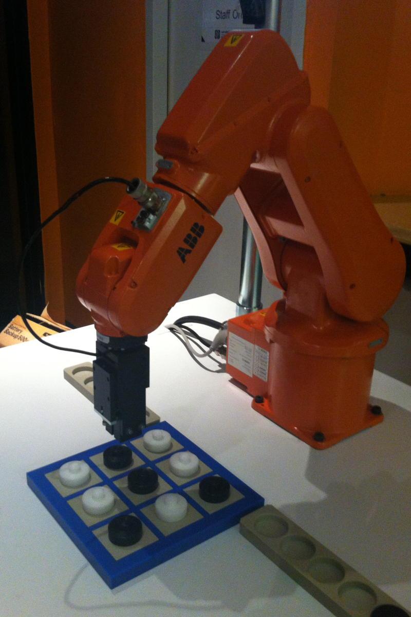 INDUSTRY ROBOT2